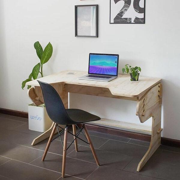 Raw plywood playDesk from Guatemala